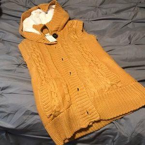Chunky Sherpa Sweater Vest